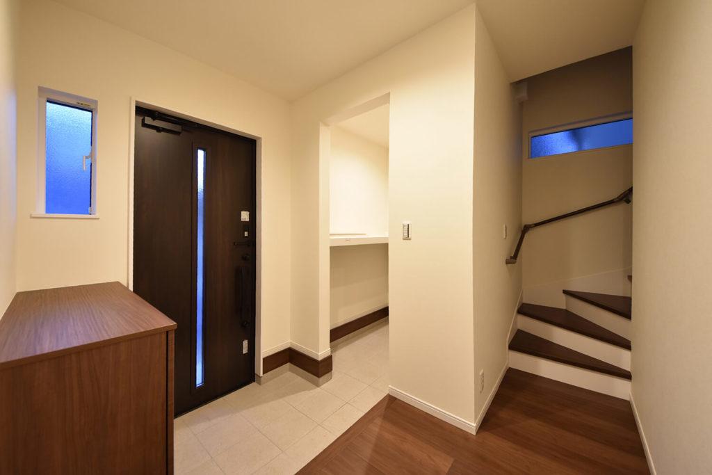 玄関の大容量収納スペース