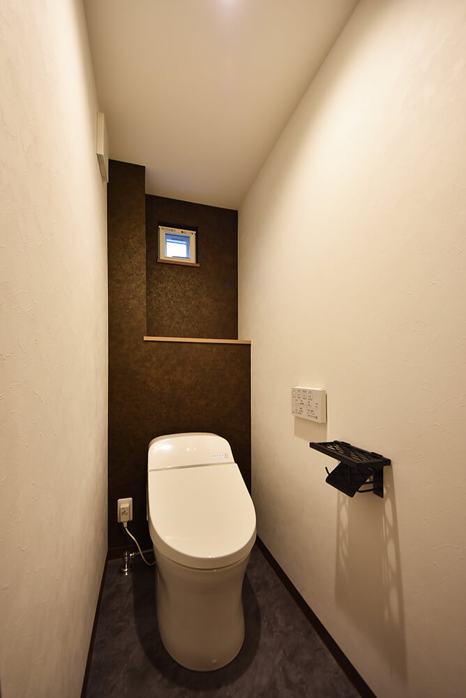 1階のタンクレストイレ