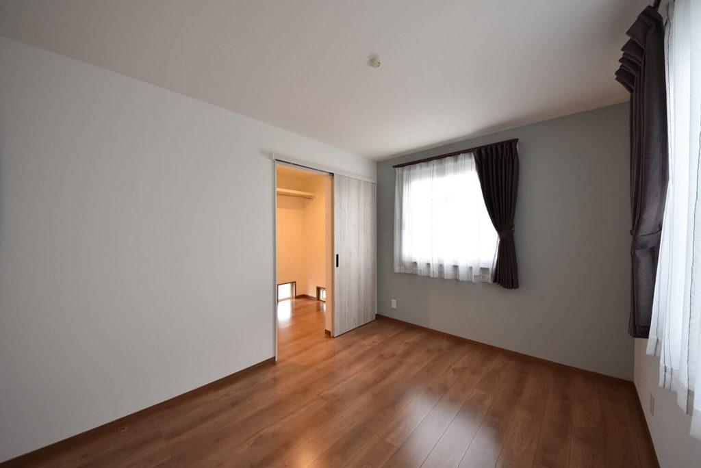 3階主寝室とウォークインクローゼット
